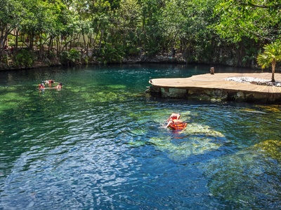 Bañarse en Cenotes